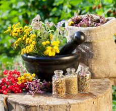 Как правильно провести чистку кишечника в домашних условиях?