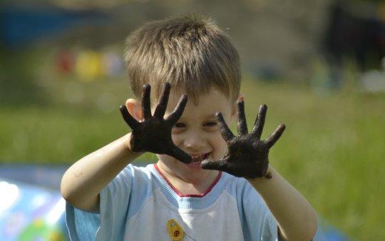 Грязные руки - причина глистных инвазий