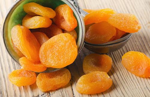 Абрикосы при панкреатите – можно ли есть?