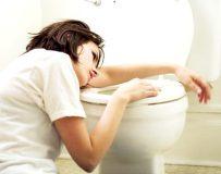 Если после отравления болит желудок — что делать?