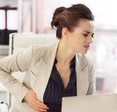 Первые симптомы и признаки язвы желудка