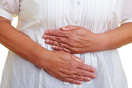 От запора чаще страдают женщины