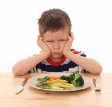 Какие причины рвоты у ребенка без температуры и поноса?