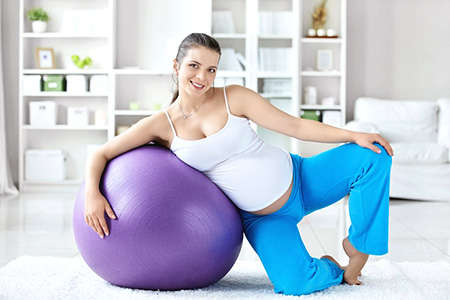 Почему тошнит при беременности: какие бывают причины и что делать?