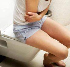 Причины и профилактика запора перед месячными