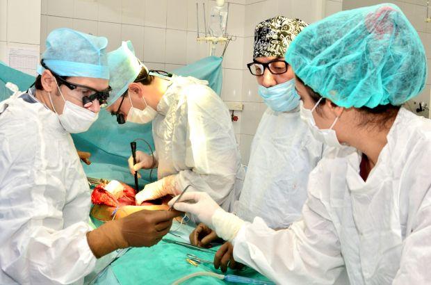 Оперирование пациента с разрывом
