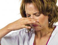 Почему может неприятно пахнуть изо рта?
