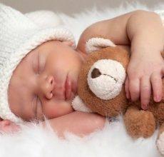 Нормален ли желтый кал у новорожденного?
