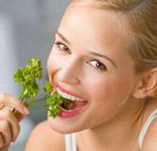 Какие эффективные народные средства от запаха изо рта?