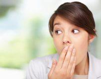 Как избавиться от зловонного запаха изо рта?