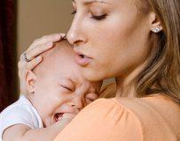 Какие причины могут вызвать белый кал у ребенка?