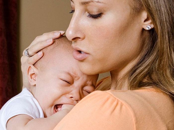 Частый плач указывает на проблемы со здоровьем малыша