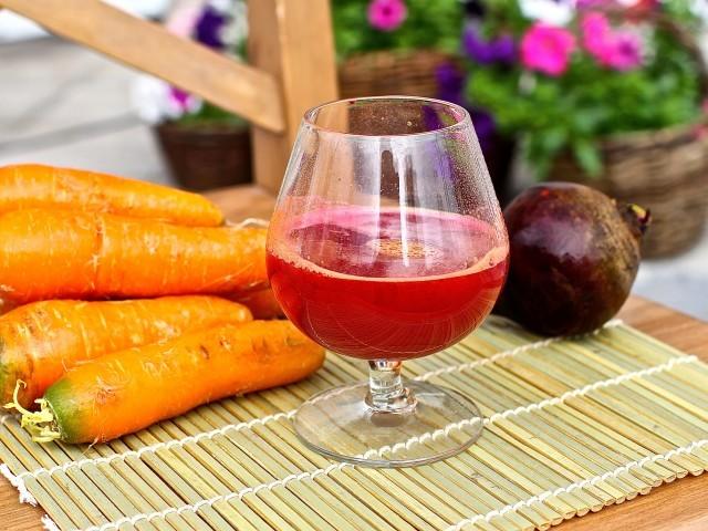 Сок из моркови и свеклы