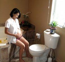 Возникновение запора при беременности
